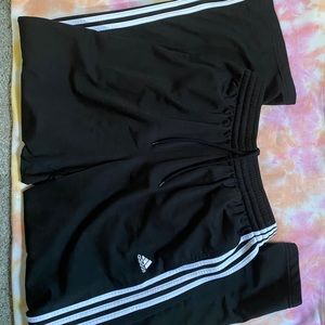 ◾️ Adidas Track Pants